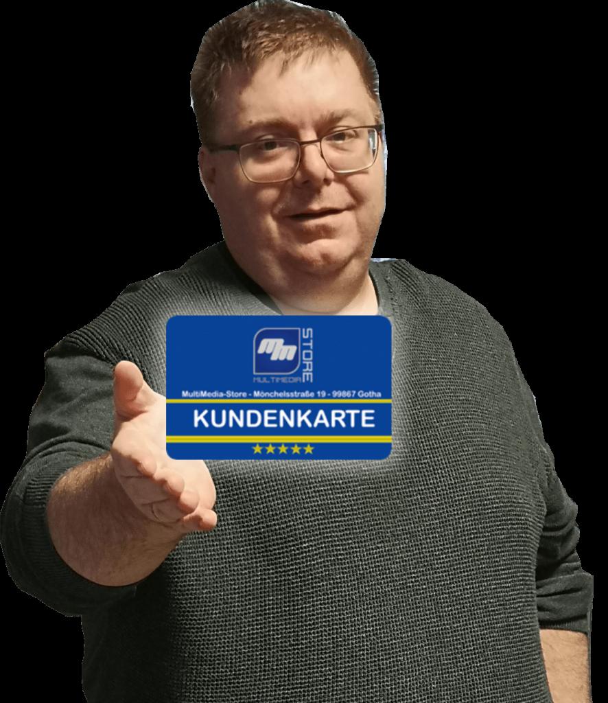 Andreas Dötsch mit Kundenkarte